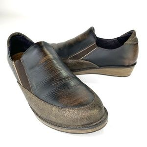 NAOT Womens 40 US 9 Brown Wedge Heel Slip-on Worn